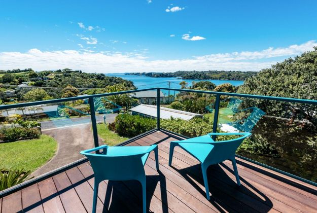 Double Bay Views | Oneroa | Waiheke Island
